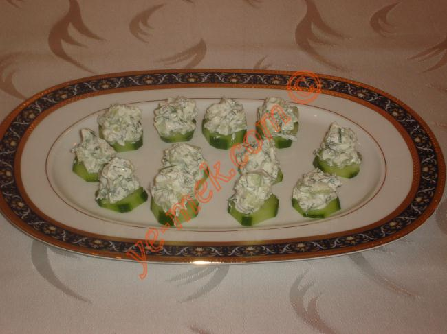 Cucumber cream cheese canape recipe recipes from for Cream cheese canape