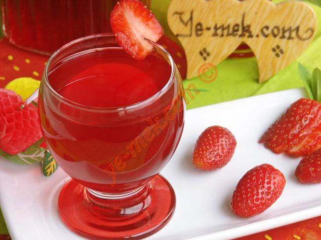 Homemade Strawberry Juice Recipe