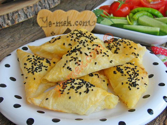 Potato Triangle Shaped Pastry Recipe